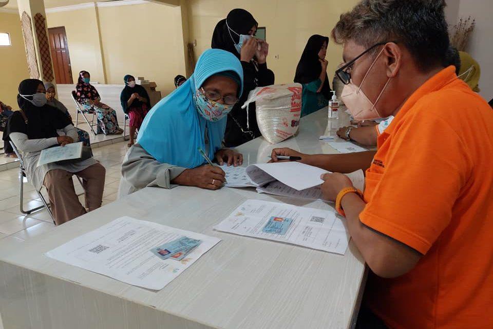 Pembagian Bantuan Sosial Tunai BST dan BSB